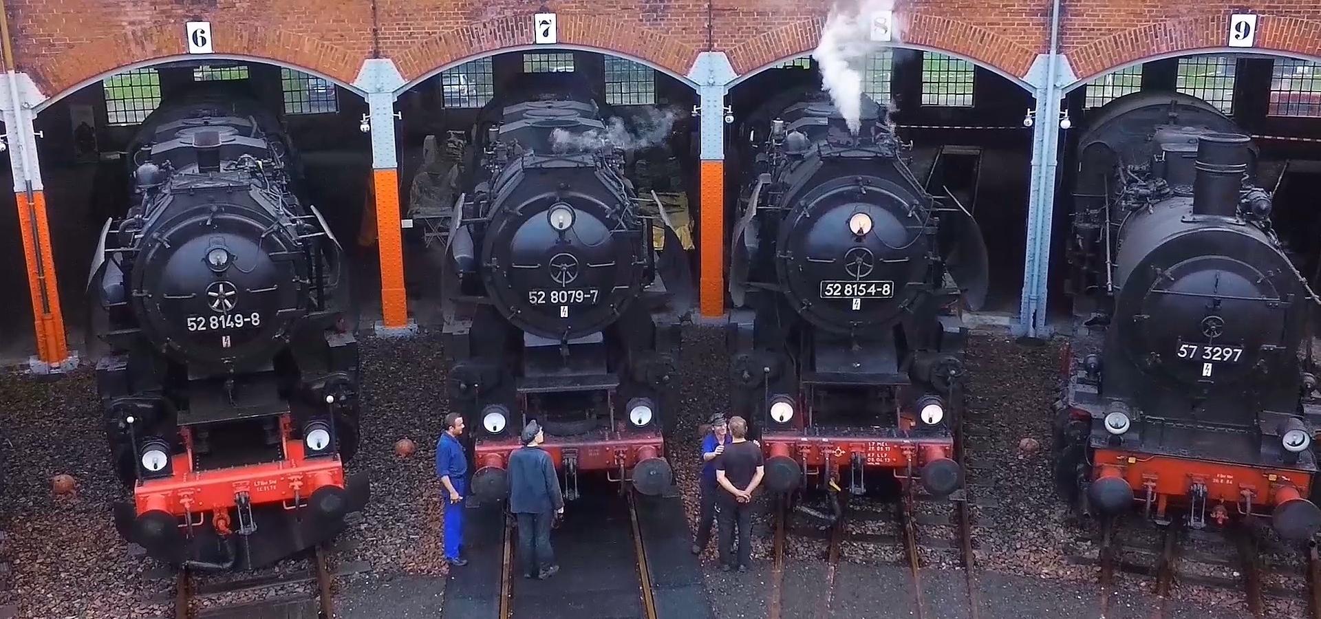 Eisenbahnmuseum Dampflok von oben